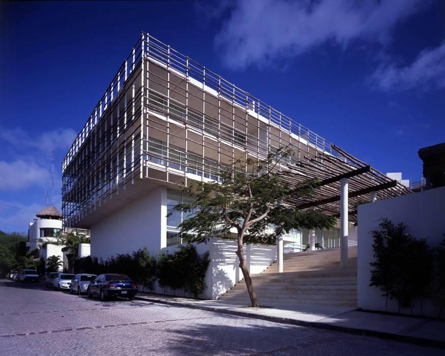 Magia Playa:  de estilo  por Central de Arquitectura