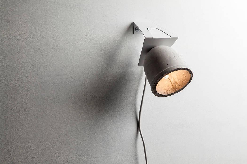 Línea Mole:  de estilo industrial por Mags Design,Industrial