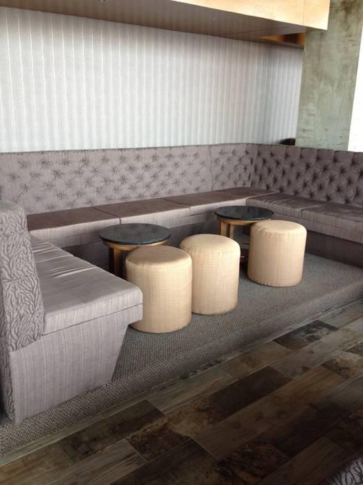 Tapicería Bares y clubs de estilo moderno de Arquiindeco Moderno