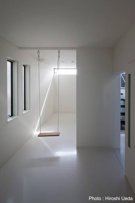 2階子供室 モダンデザインの 多目的室 の 石川淳建築設計事務所 モダン