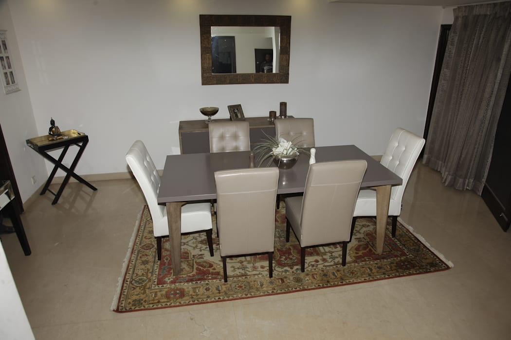 TWA 004 ME - Hand Knotted Rug Classic style dining room by The Woven Arts Classic