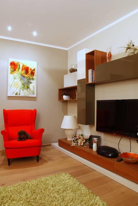 zona salotto: Case in stile in stile Moderno di Architetto Monica Becchio