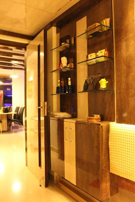 Classy Home In Upmarket bangalore Architecture Interior Co. Pvt. Ltd Modern living room