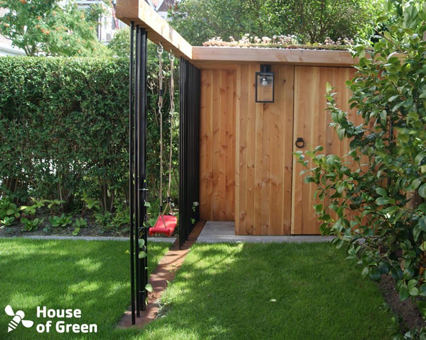Tuinhuis met schommel:  Tuin door House of Green