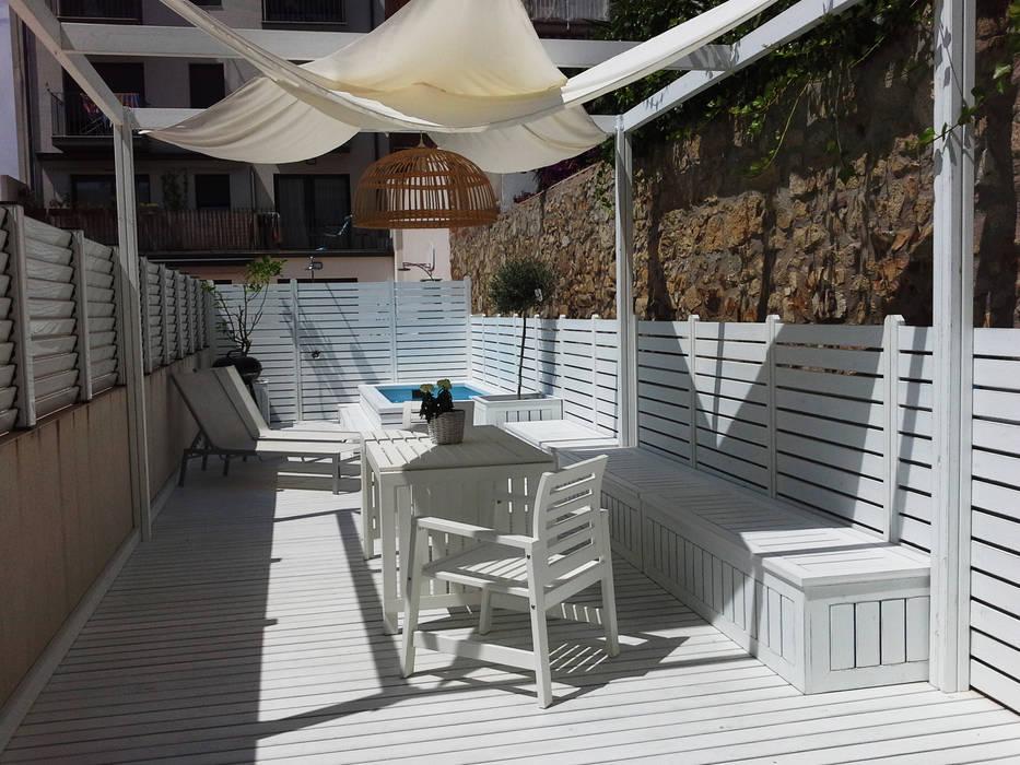 Balcones y terrazas de estilo mediterráneo de Vicente Galve Studio Mediterráneo