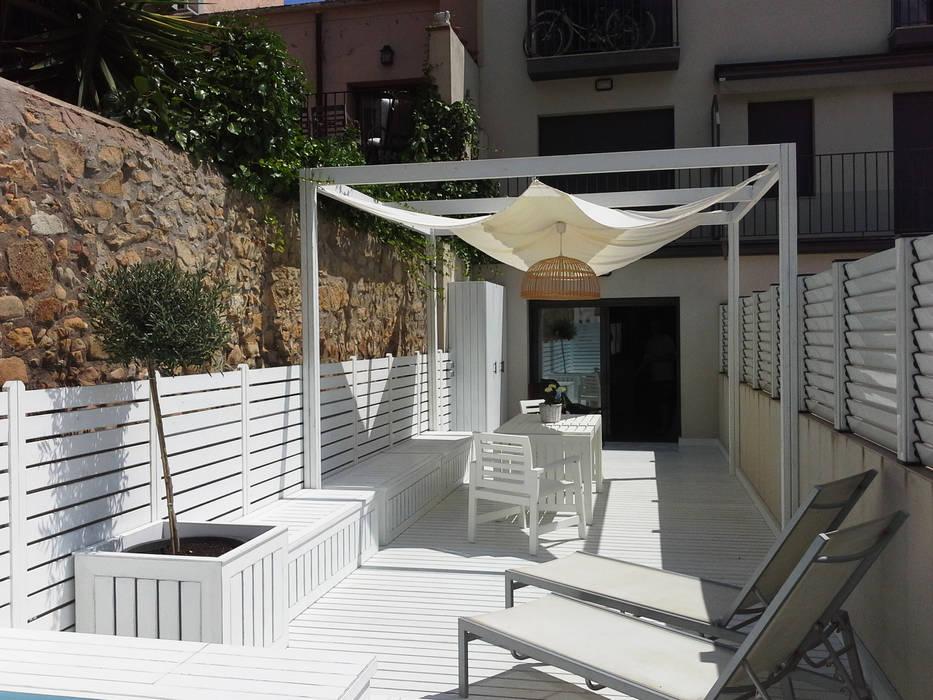 Varandas, marquises e terraços mediterrânicos por Vicente Galve Studio Mediterrânico