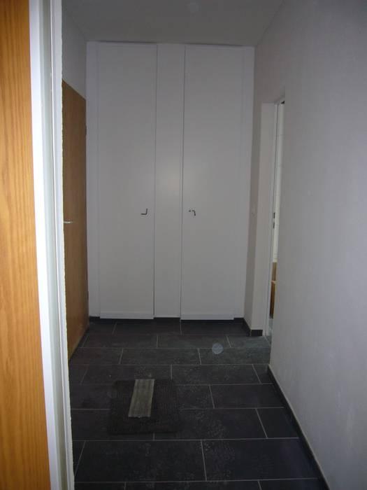 raum² - wir machen wohnen Industrial style corridor, hallway and stairs