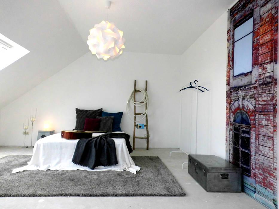raum² - wir machen wohnen Industrial style bedroom