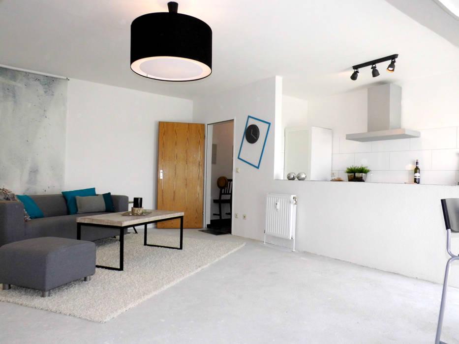 Industrial style dining room by raum² - wir machen wohnen Industrial