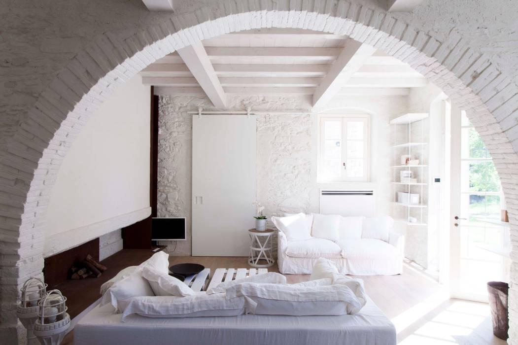 Kamar Tidur Gaya Rustic Oleh Architetto Silvia Giacobazzi Rustic