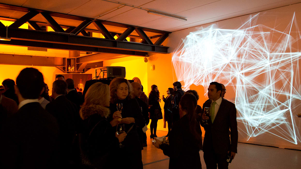 PREMIUMFEST BILBAO DIGITAL CONTENT LIGHT ART: Espacios comerciales de estilo  de Lighting Design Collective S.L.