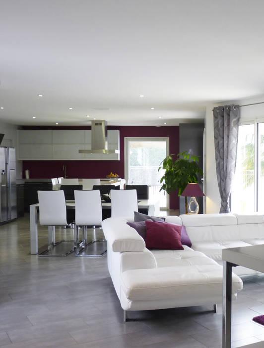 Rénovation d'une maison à Villeneuve-Lès-Bouloc (31) Salon moderne par Audrey Ardalan Moderne