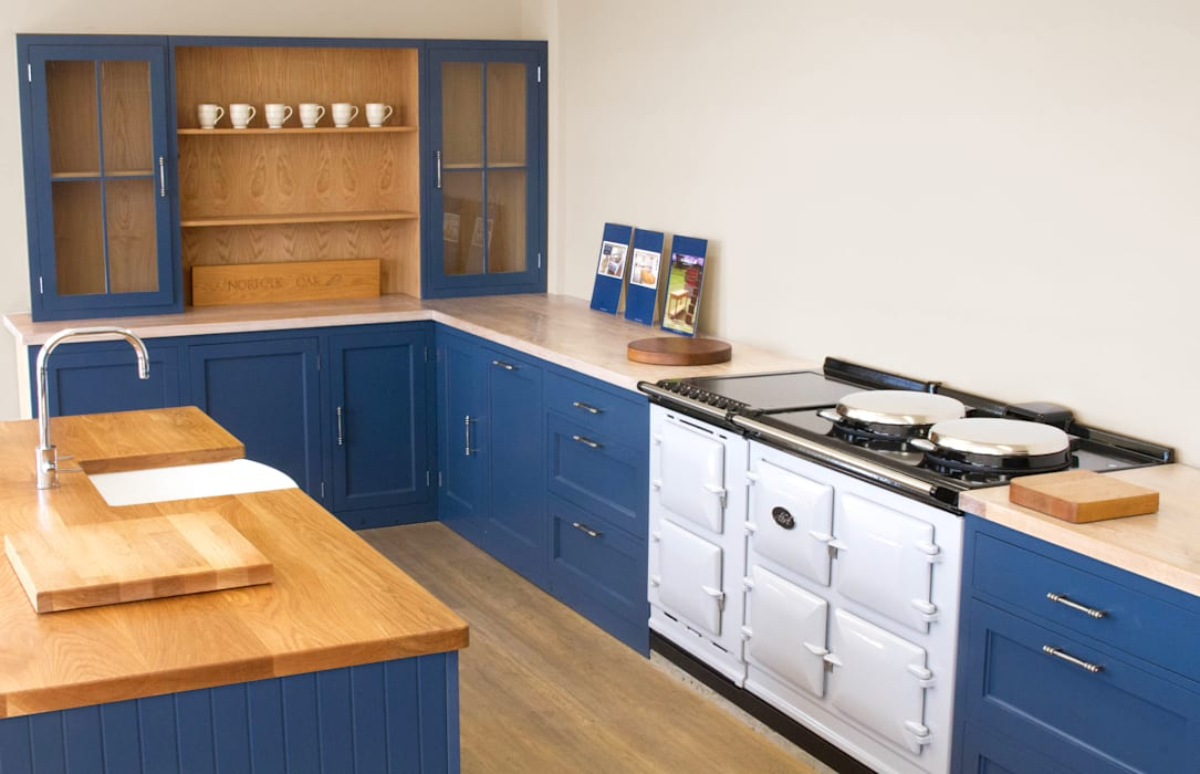 Precision Engineered Cabinets Country style kitchen by NAKED Kitchens Country