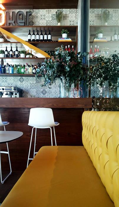 Restaurante Broker Café Vade Studio SC Bares y clubs de estilo moderno