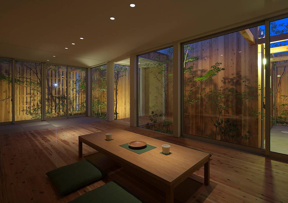 House in Nishimikuni Moderne Wohnzimmer von arbol Modern
