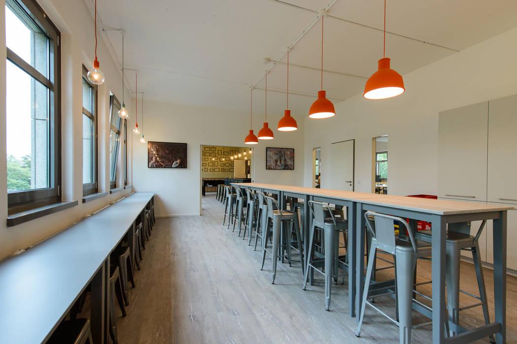 Zattoo Deutschland GmbH Sabine Oster Architektur & Innenarchitektur (Sabine Oster UG) Moderne Bürogebäude
