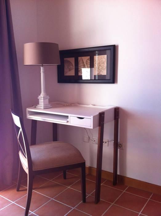 Escritorio Casas de estilo clásico de Tatiana Doria, Diseño de interiores Clásico