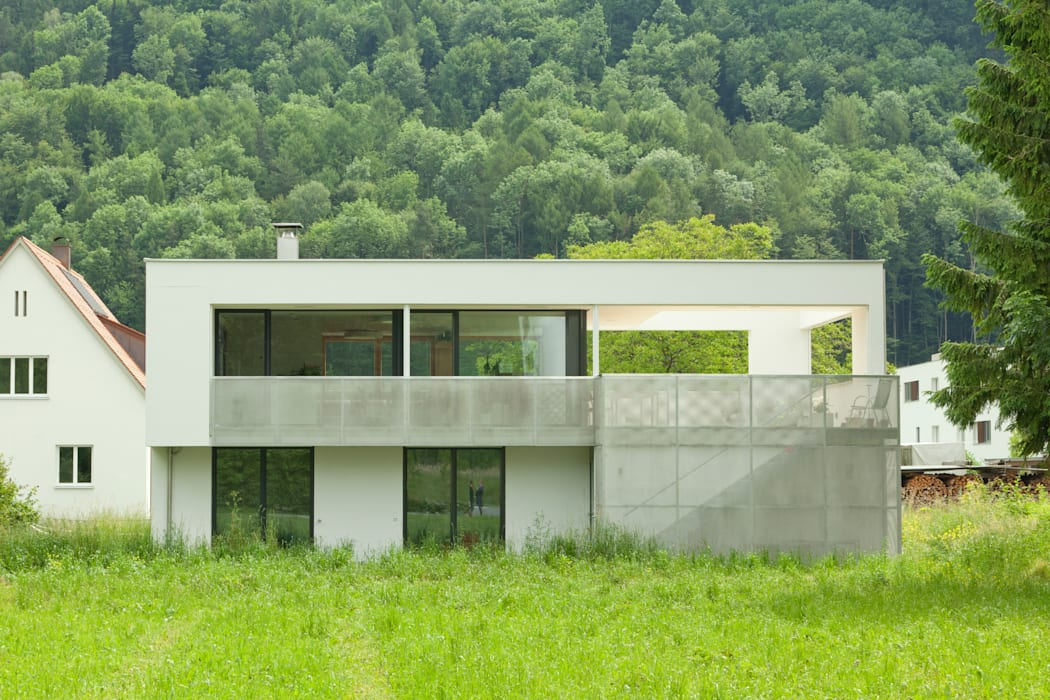 Aussenfassade offen Moderne Häuser von Catharina Fineder Architektur Modern