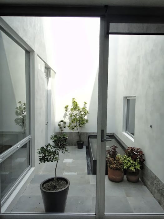 Jardin de style  par Abraham Cota Paredes Arquitecto,