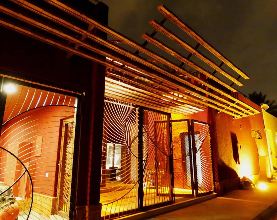 Fenêtres de style  par arqflores / architect