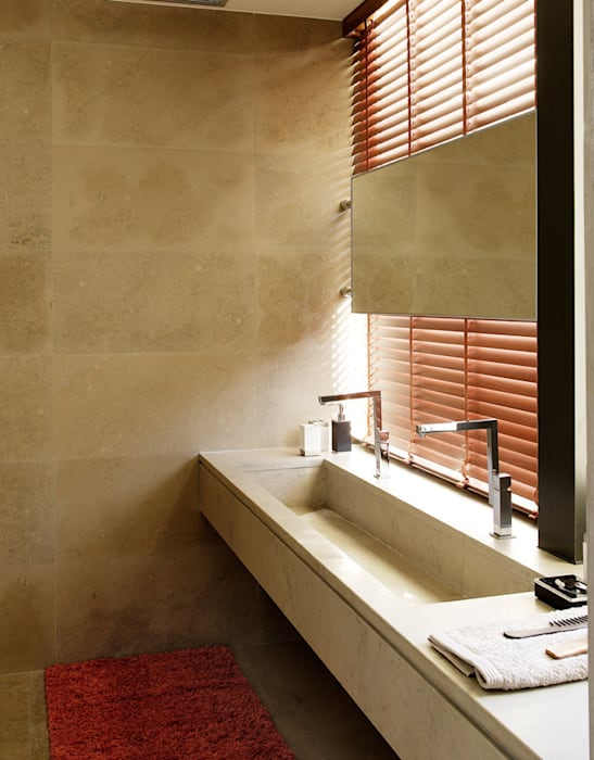 Arquitectura moderna en Madrid Baños de estilo moderno de Otto Medem Arquitecto vanguardista en Madrid Moderno