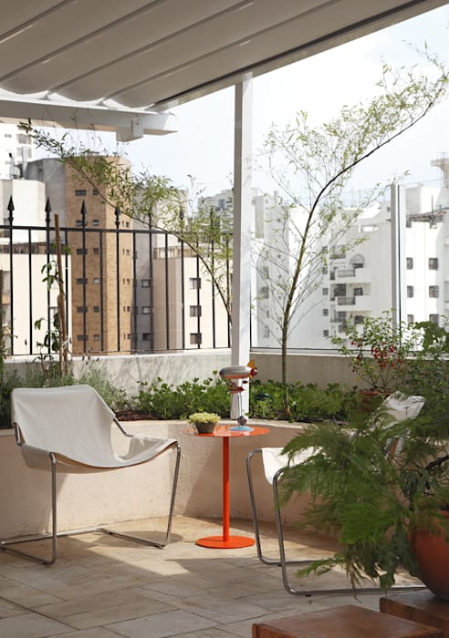 Balkon, Beranda & Teras Tropis Oleh Lore Arquitetura Tropis