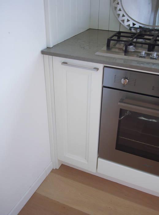 Kitchen by Essenza Legno , Classic