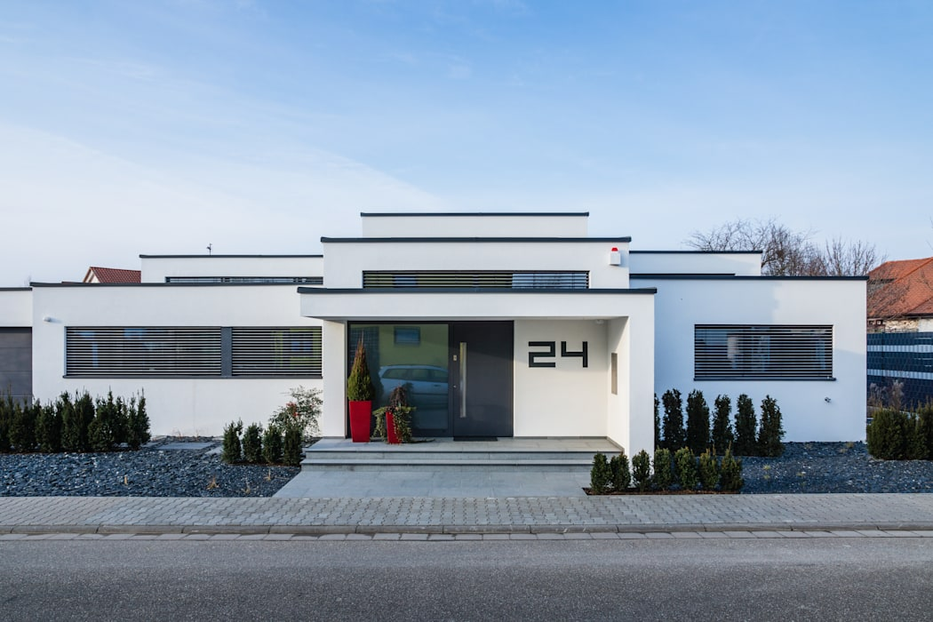 Cascade House - Single Family House in Bürstadt, Germany Modern home by Helwig Haus und Raum Planungs GmbH Modern