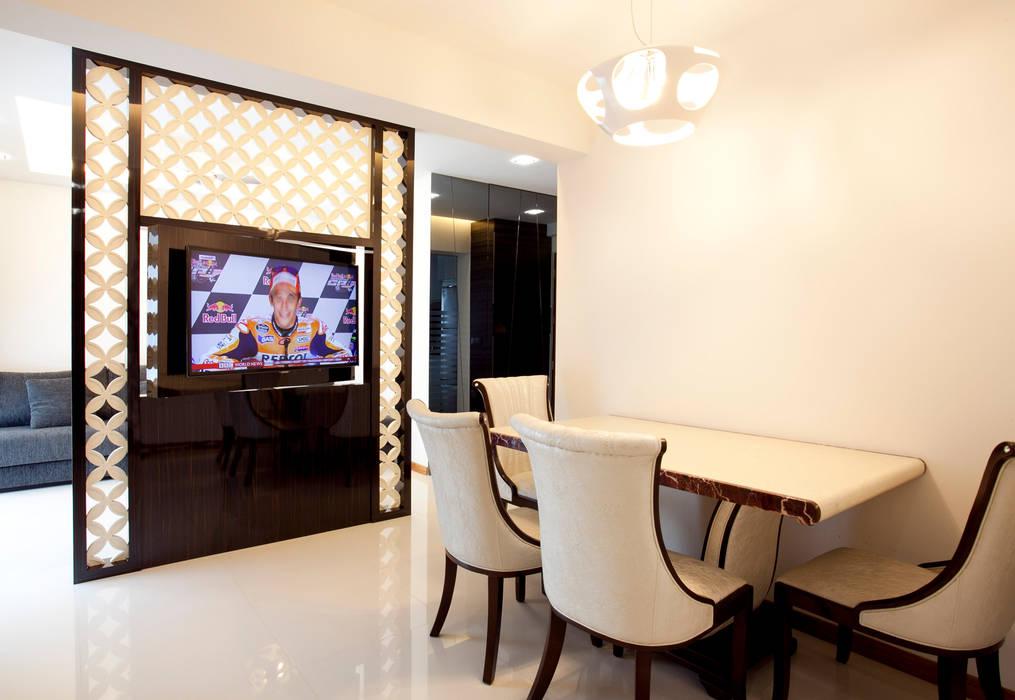 BTO Bukit Panjang:  Dining room by VOILÀ Pte Ltd