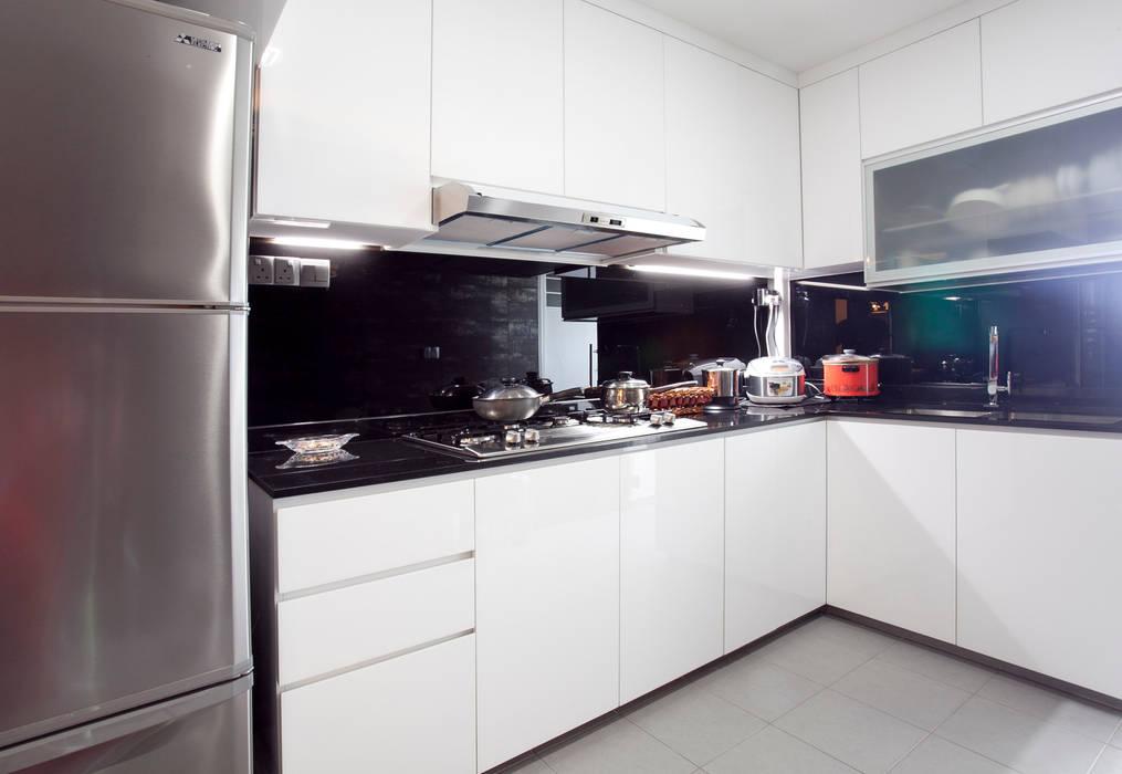 Kitchen by VOILÀ Pte Ltd