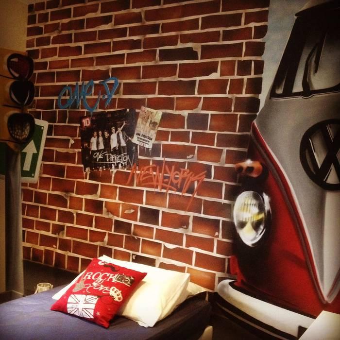 """Chambre ado """"Street Art"""" - Queens: Chambre d'enfant de style de style Moderne par Adriana Art Déco"""