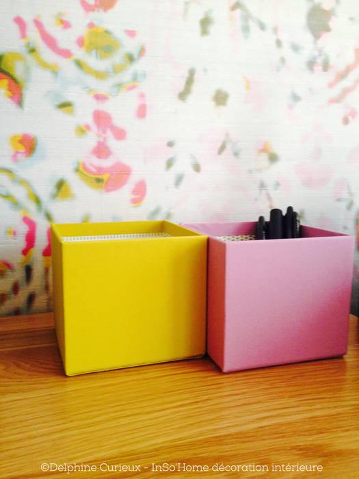 POTS à crayons et papier peint Bureau moderne par INSO'HOME Décoration Intérieure Moderne