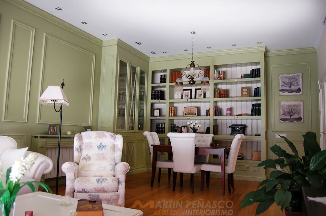 Diseño de Librería y boiserie envejecido MARTINPEÑASCO interiorismo