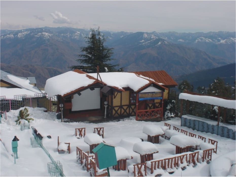 Hotel Fagu:  Hotels by Snow King Retreat