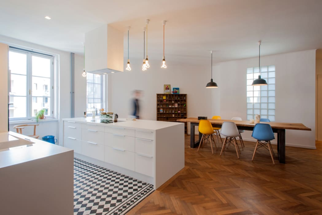 kitchen and dining room Cocinas modernas de INpuls Moderno