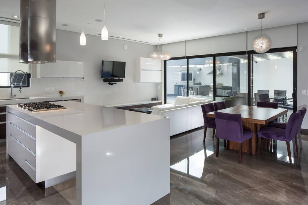 Área de sala/comedor de URBN Moderno