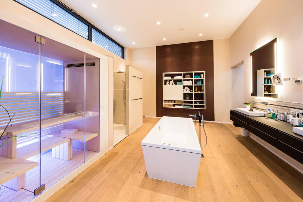 Cascade House - Single Family House in Bürstadt, Germany Spa Modern Oleh Helwig Haus und Raum Planungs GmbH Modern