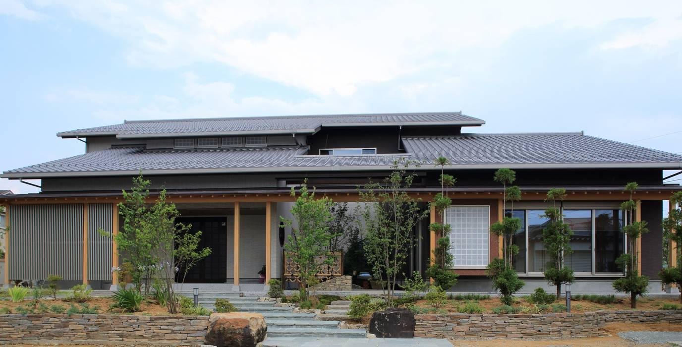 Rumah oleh やまぐち建築設計室, Modern
