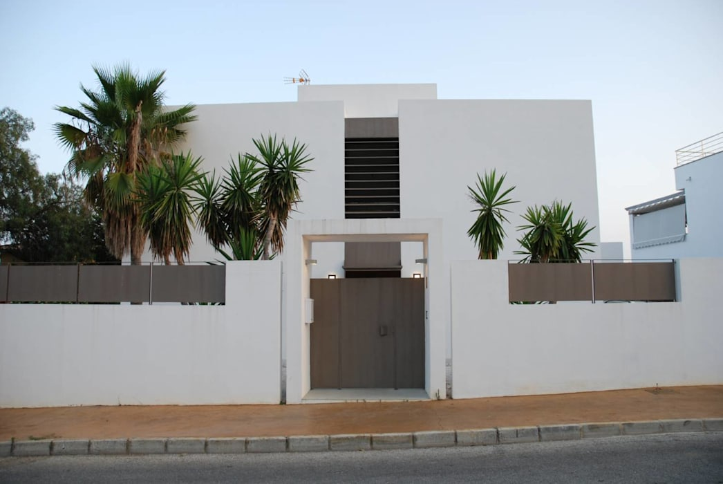 Fachada exterior REQUE-GALLEGO Arquitectos Casas de estilo moderno