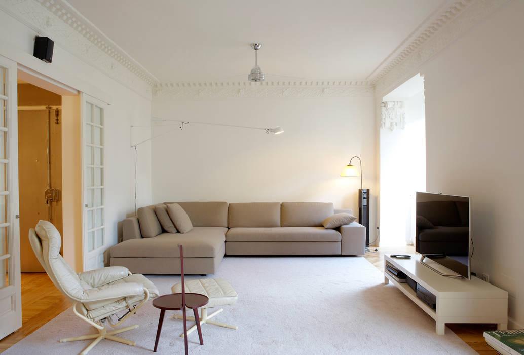 Vivienda Ortega y Gasset.Madrid Salones de estilo moderno de Beriot, Bernardini arquitectos Moderno