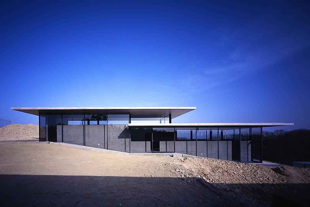 House in Yatakayama 藤本寿徳建築設計事務所 Modern Houses