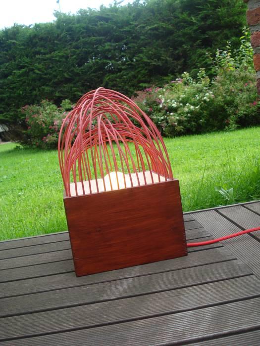 Lampe à poser - Petite forêt: Maison de style  par VE création ,