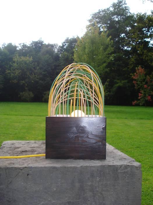 Lampe à poser - Petite forêt: Maison de style  par VE création