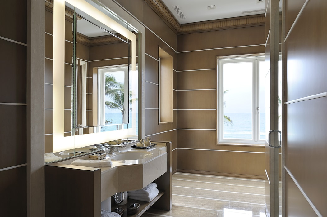 Residenza privata - Palm Beach, Florida - Master bathroom:  in stile  di Ti Effe Esse Interiors