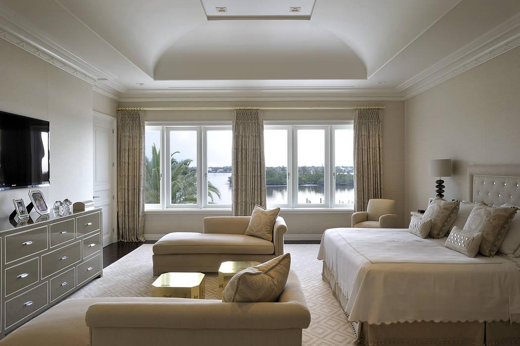 Residenza privata - Palm Beach, Florida - Master bedroom di Ti Effe Esse Interiors Moderno