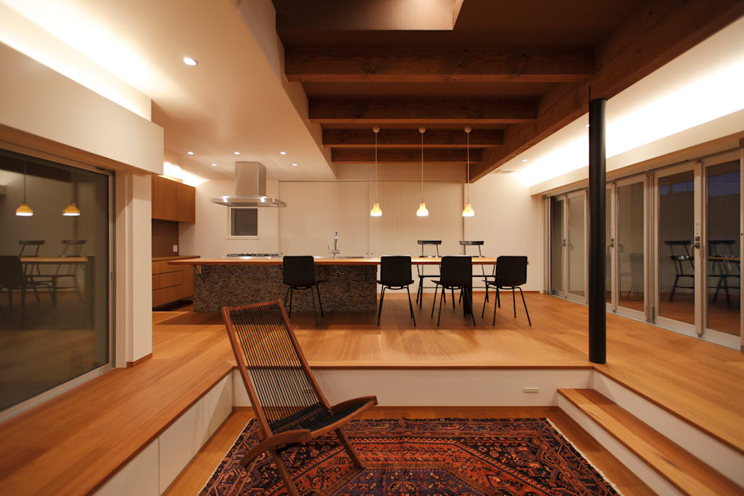 house KAT: 有限会社スマイルスタジオ/sMile sTudioが手掛けた家です。,北欧