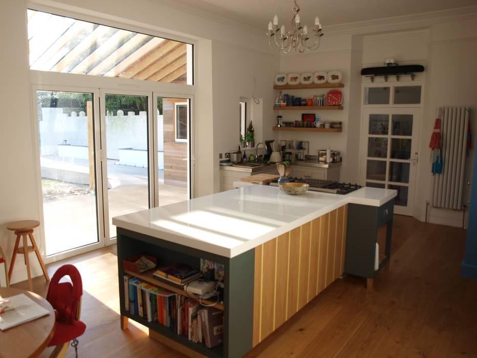 Bespoke kitchen Dapur Modern Oleh Crayon Architecture & Design Modern