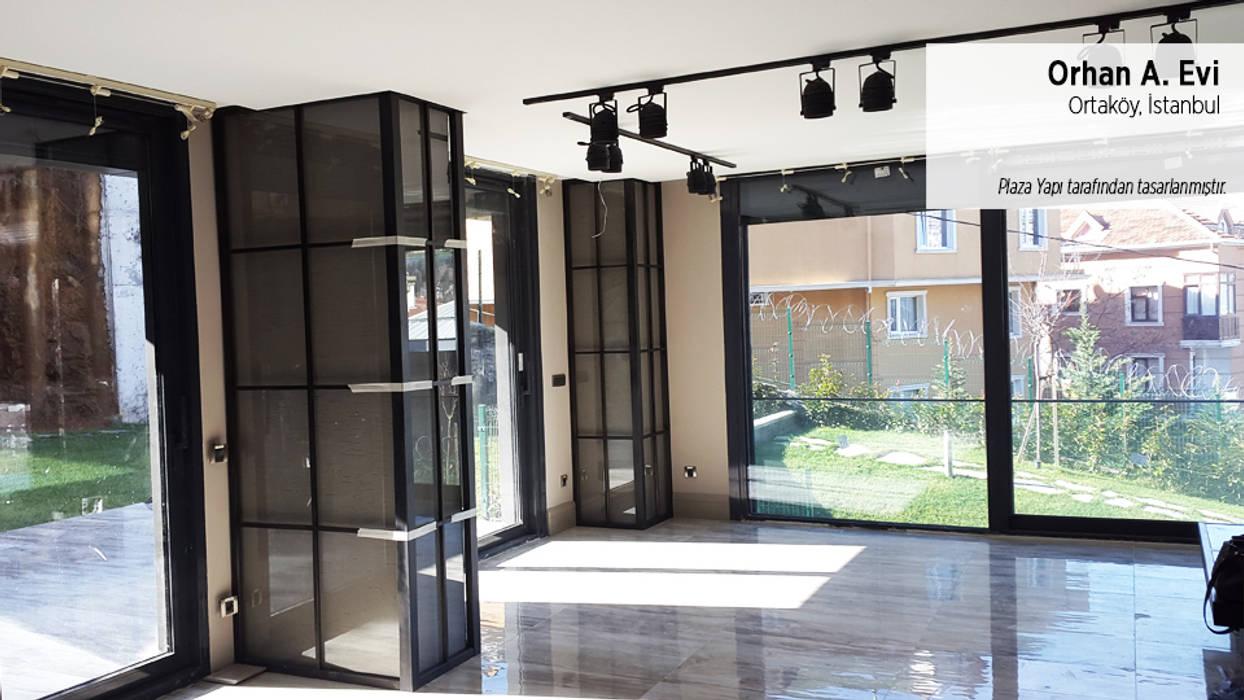 Plaza Yapı Malzemeleri – Orhan A. Evi:  tarz Oturma Odası, Modern