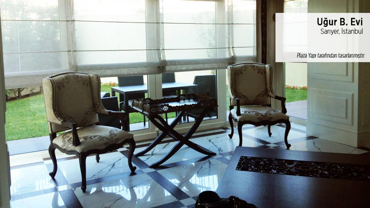 Plaza Yapı Malzemeleri – Uğur B. Evi:  tarz Oturma Odası, Klasik