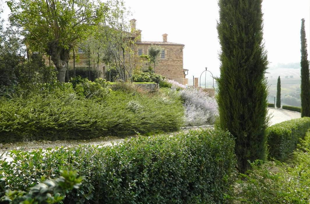 Giardini di campagna giardino in stile di lucio piunti for Giardini di campagna